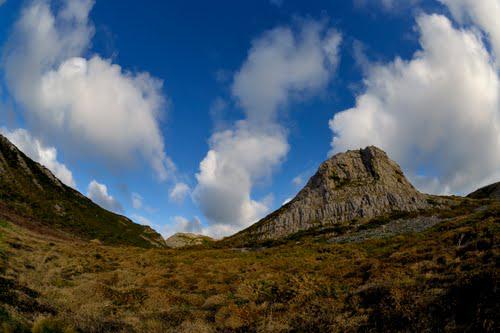 Longhole cliff